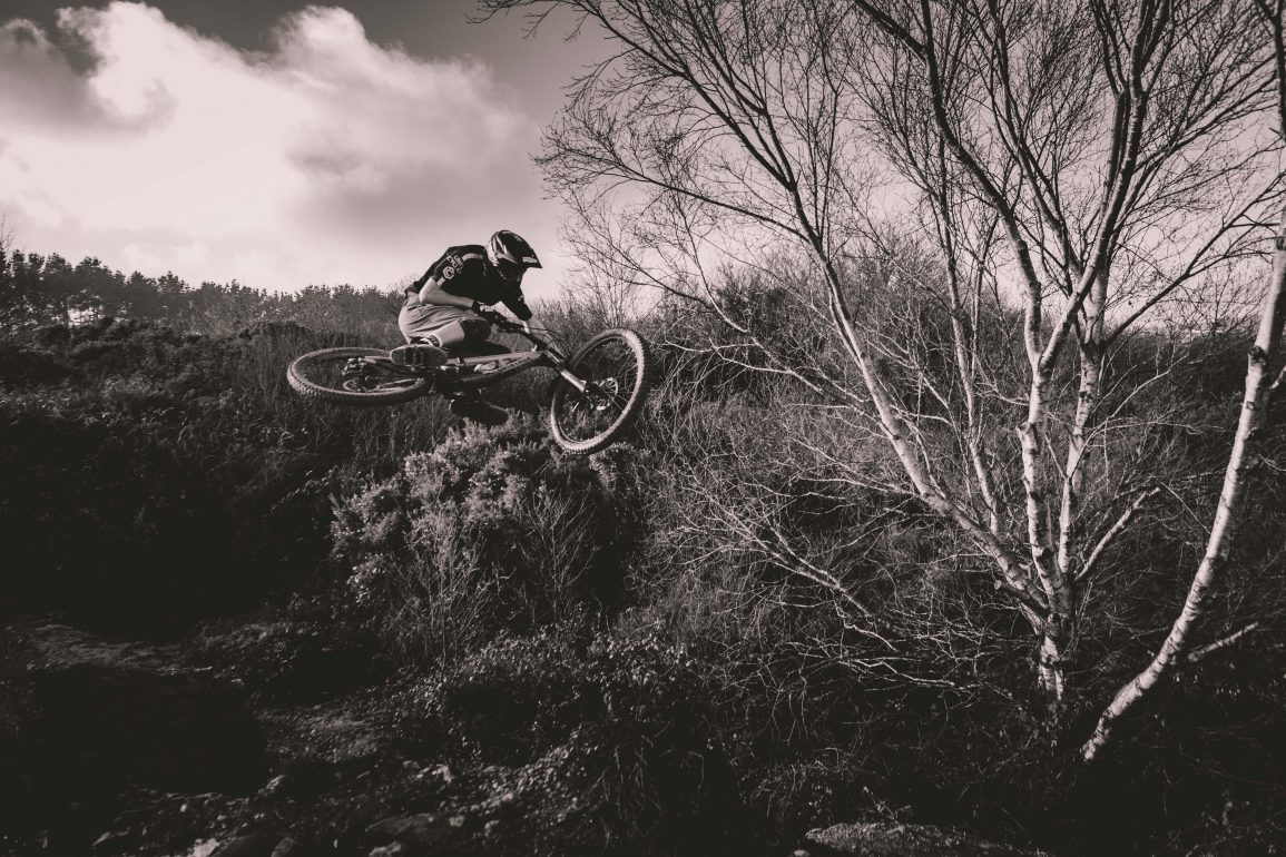 MTB freeride airtime black and white